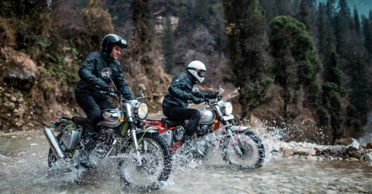 Royal Enfield Bullt trails