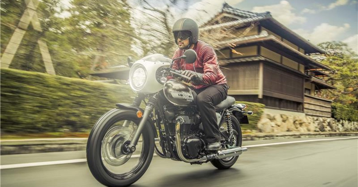 Kawasaki W800 Classic Cafe Racer