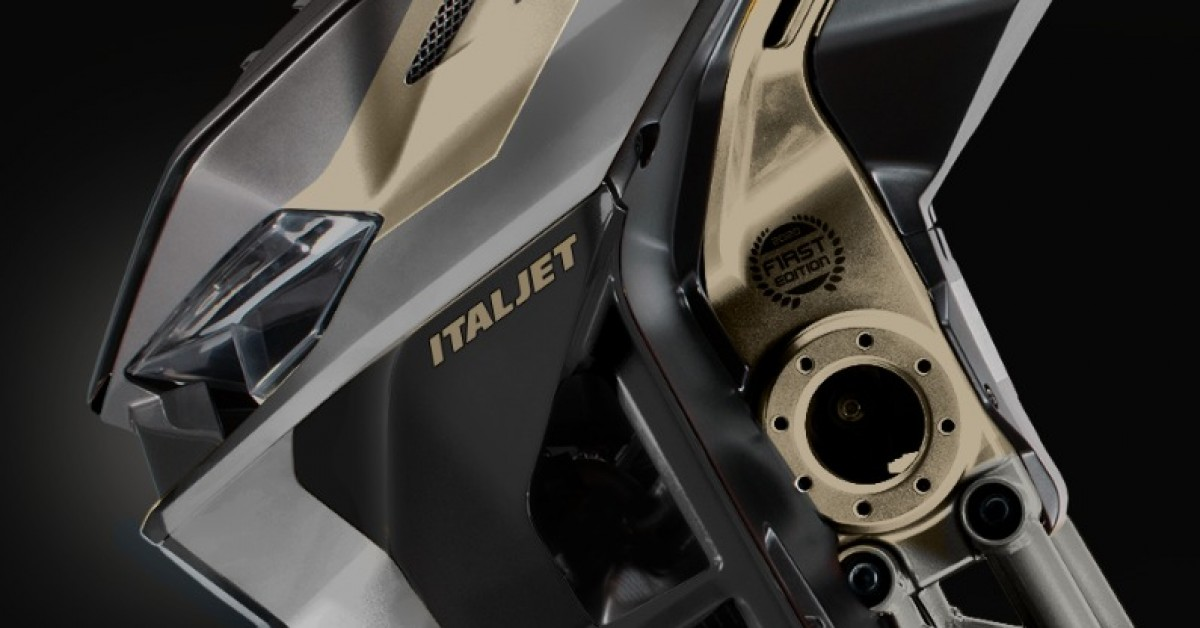 Italjet have just announced a stunning new colourway for the new Dragster