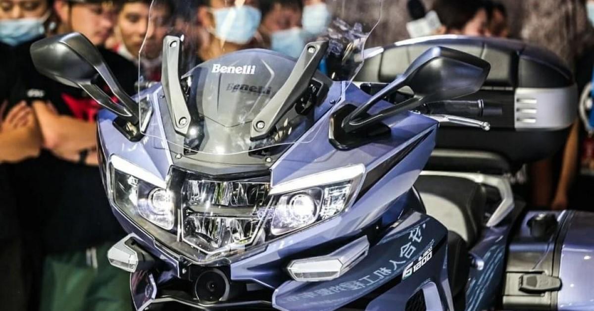 Benelli G1200 tourer