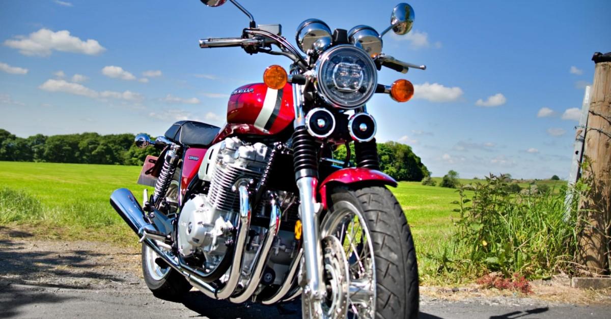 This weeks used Blog by Gianluigi Honda's CB100EX