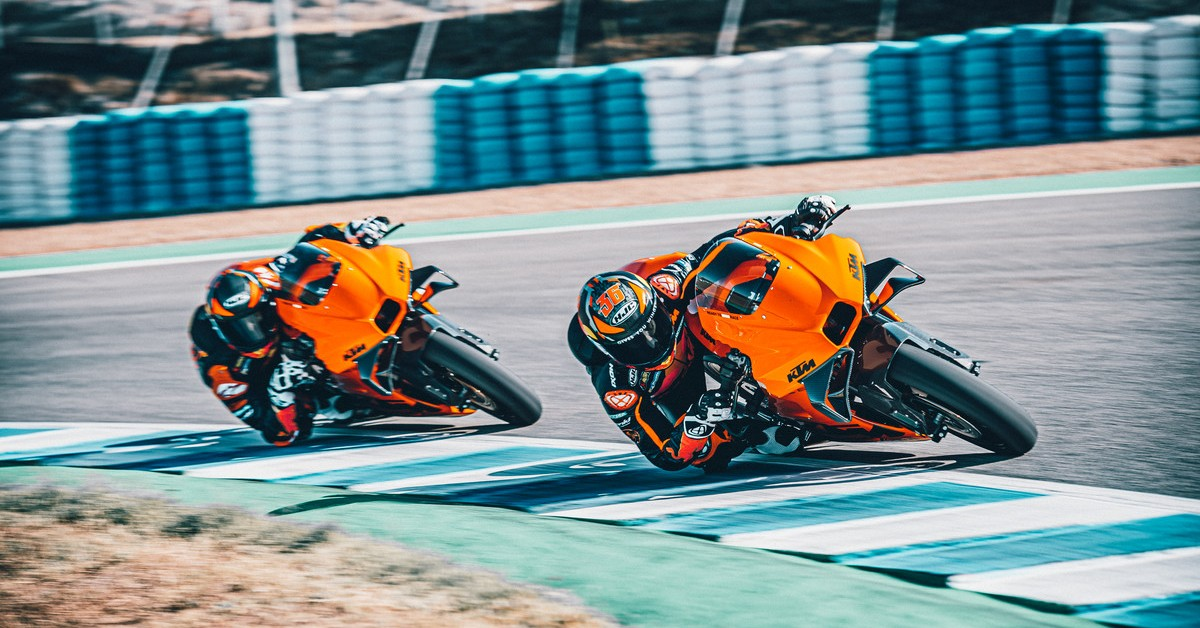 The KTM RC 8C is the ultimate READY TO RACE machine.
