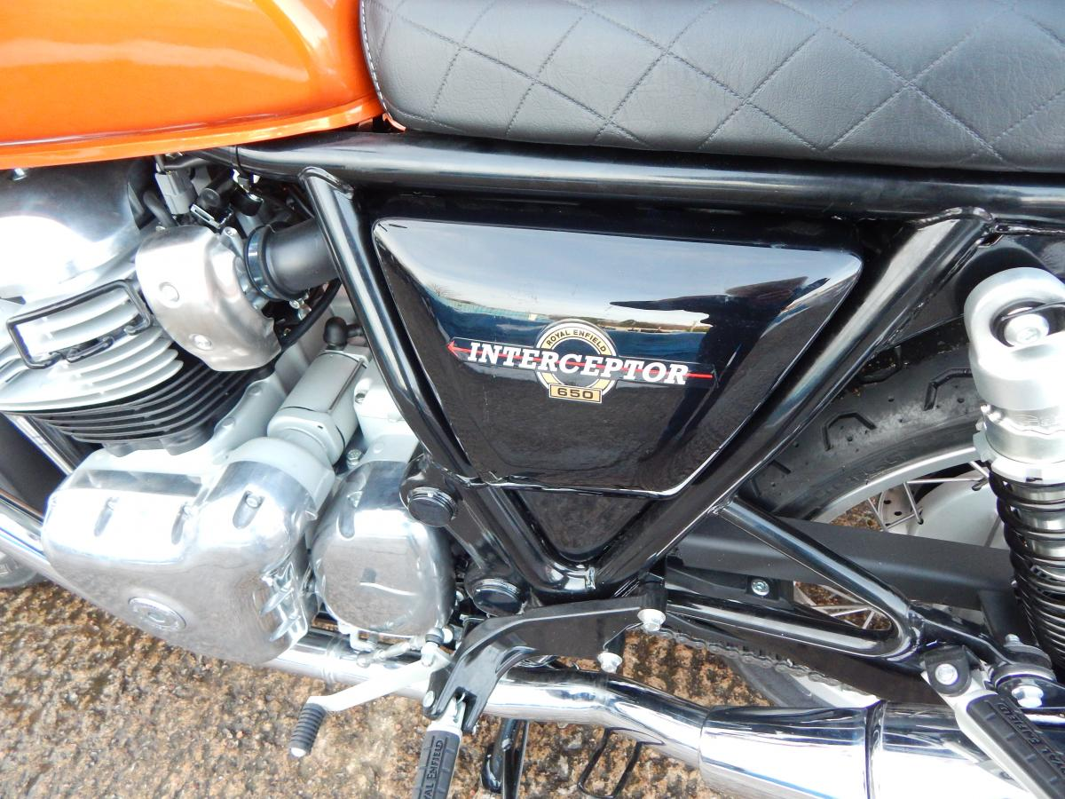 ROYAL ENFIELD INTERCEPTOR INT 650 2020