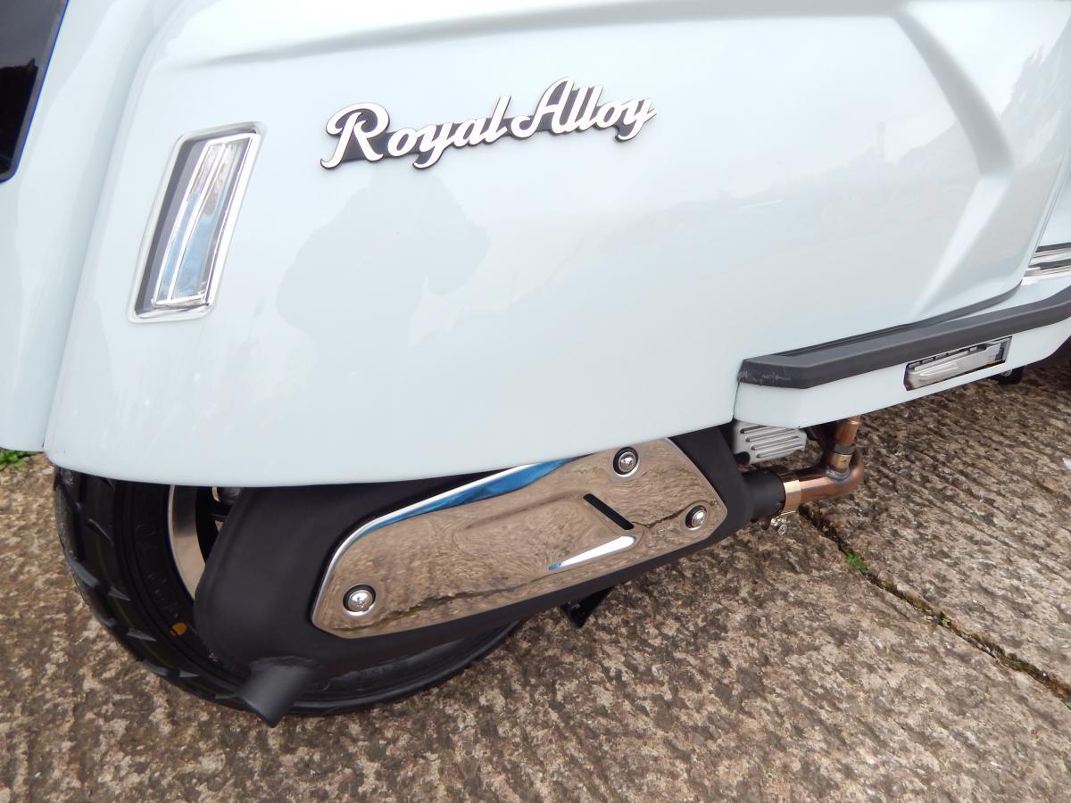 ROYAL ALLOY GP200 LC ABS 2021