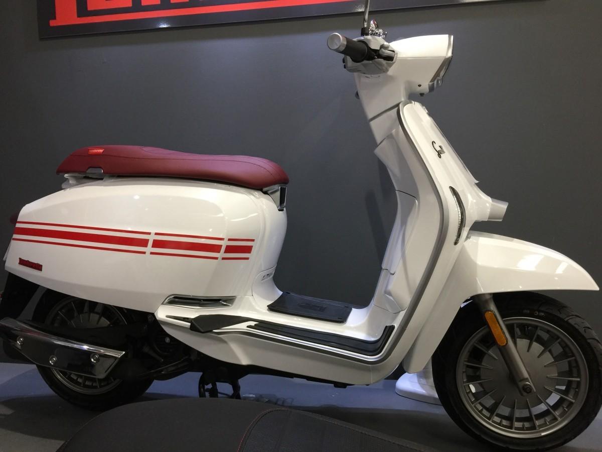 LAMBRETTA V125 SPECIAL 2021
