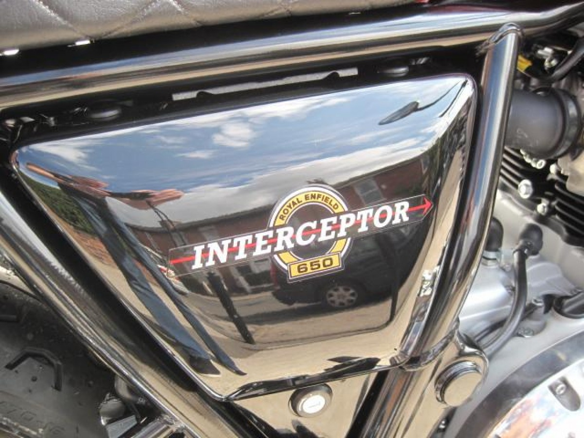 Royal Enfield INTERCEPTOR 650 2021