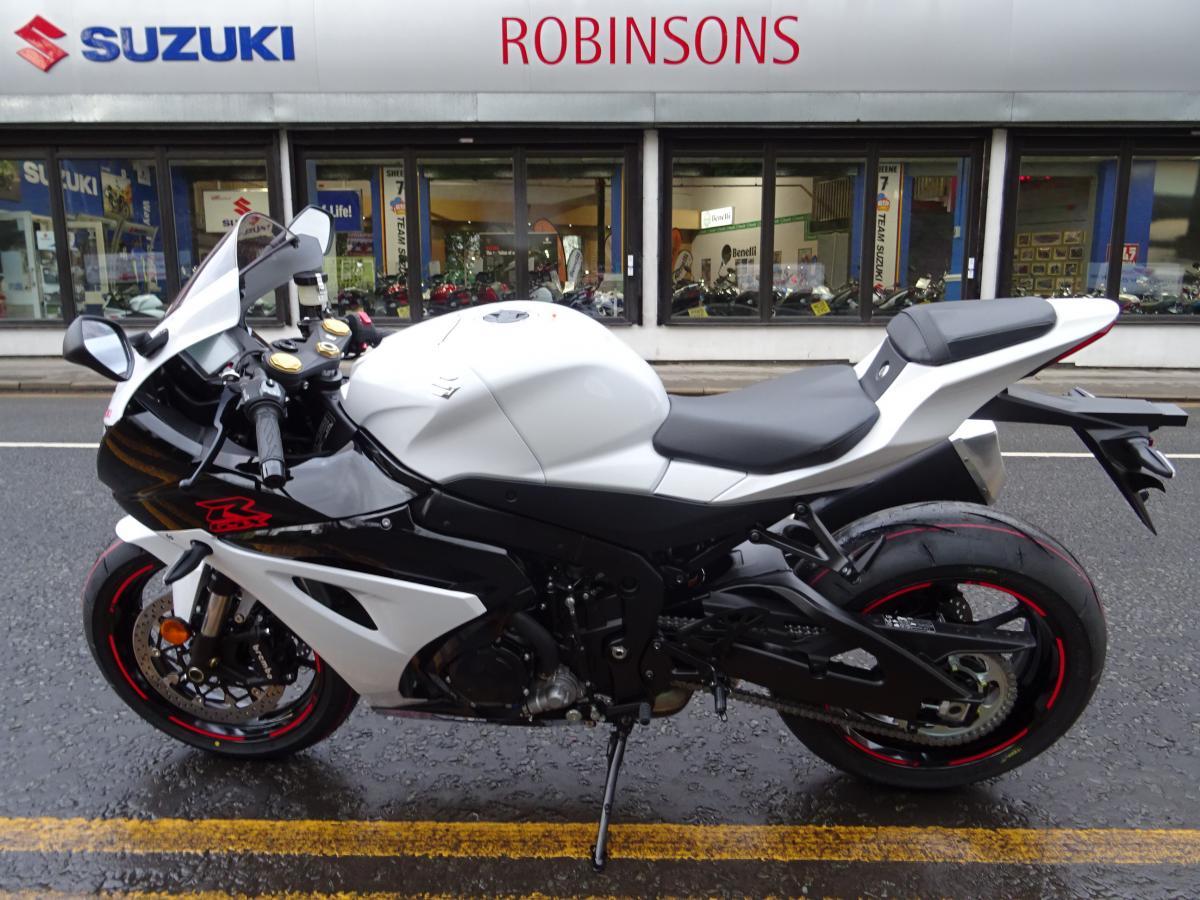 2020 SUZUKI GSX-R1000AL8