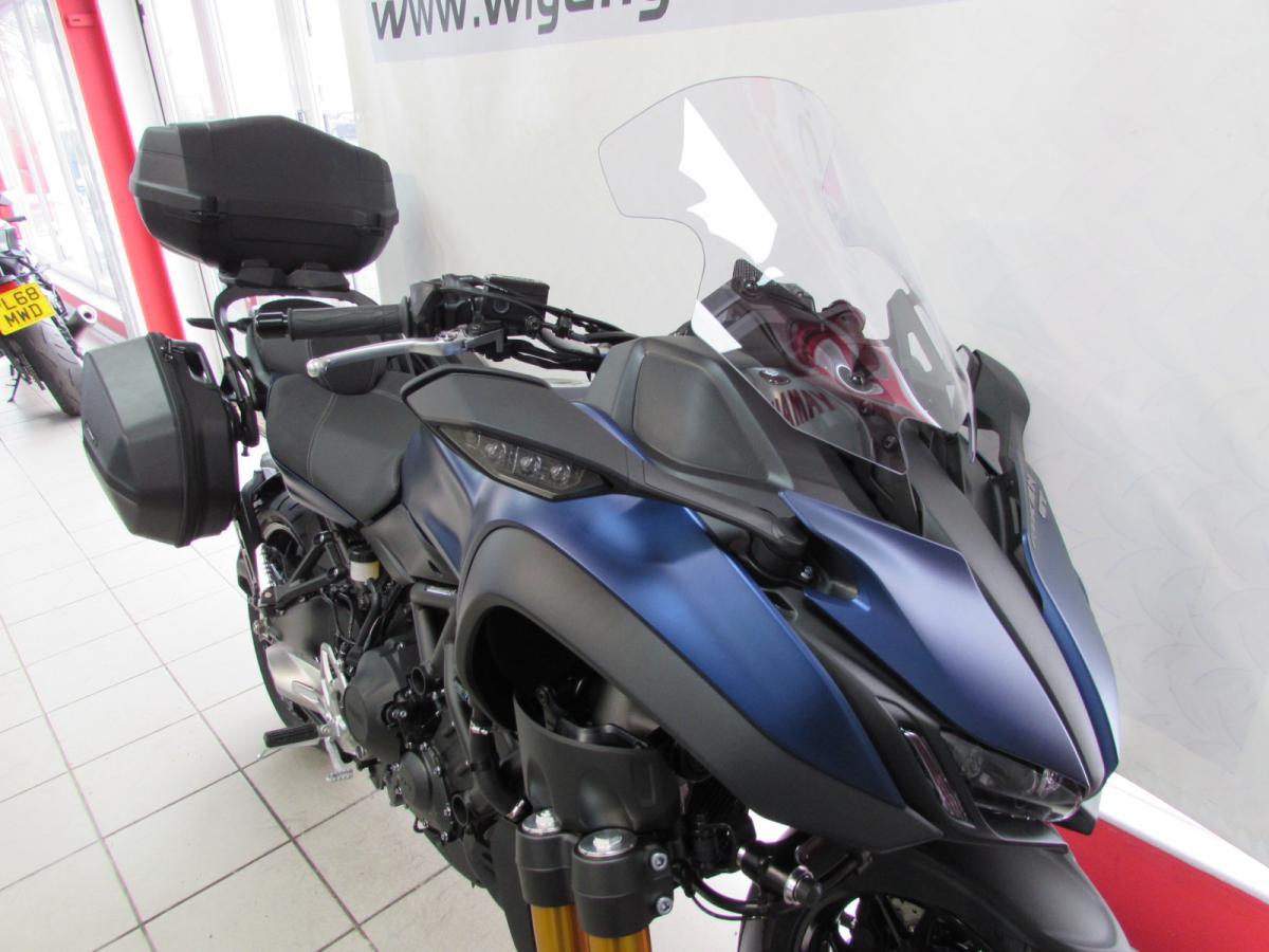 Yamaha NIKEN GT 2021
