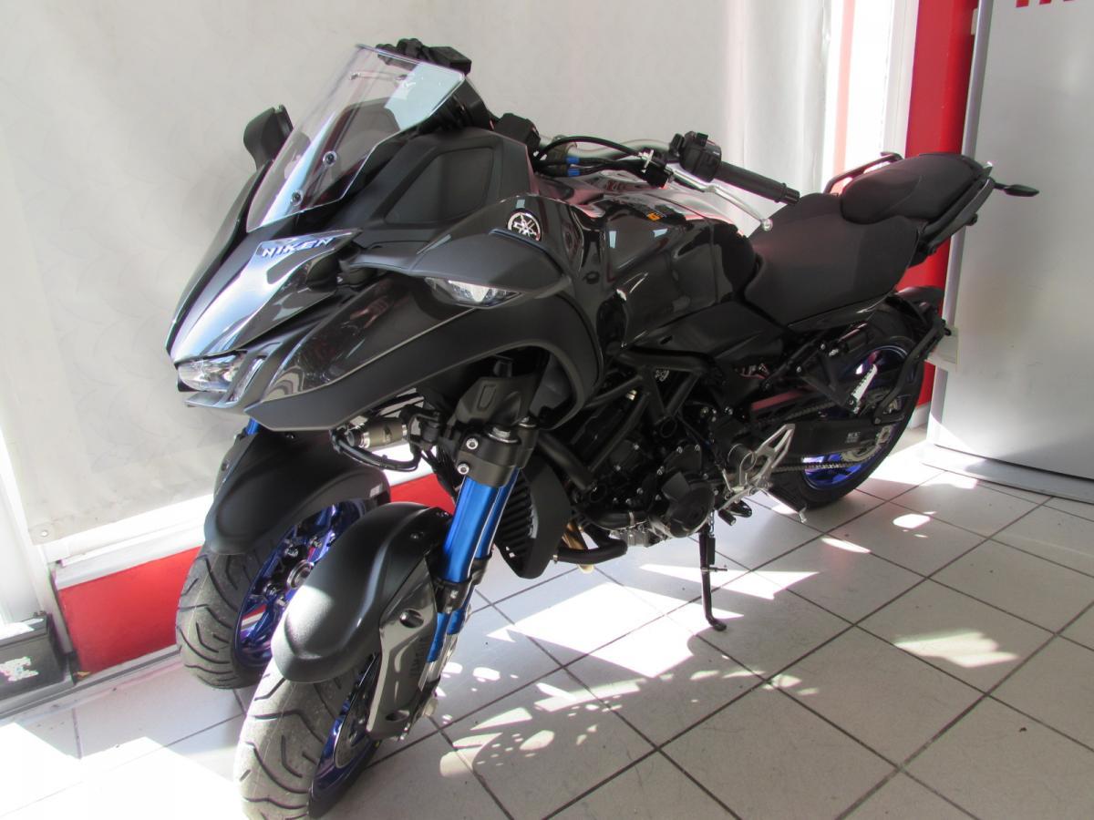 Yamaha NIKEN 2021