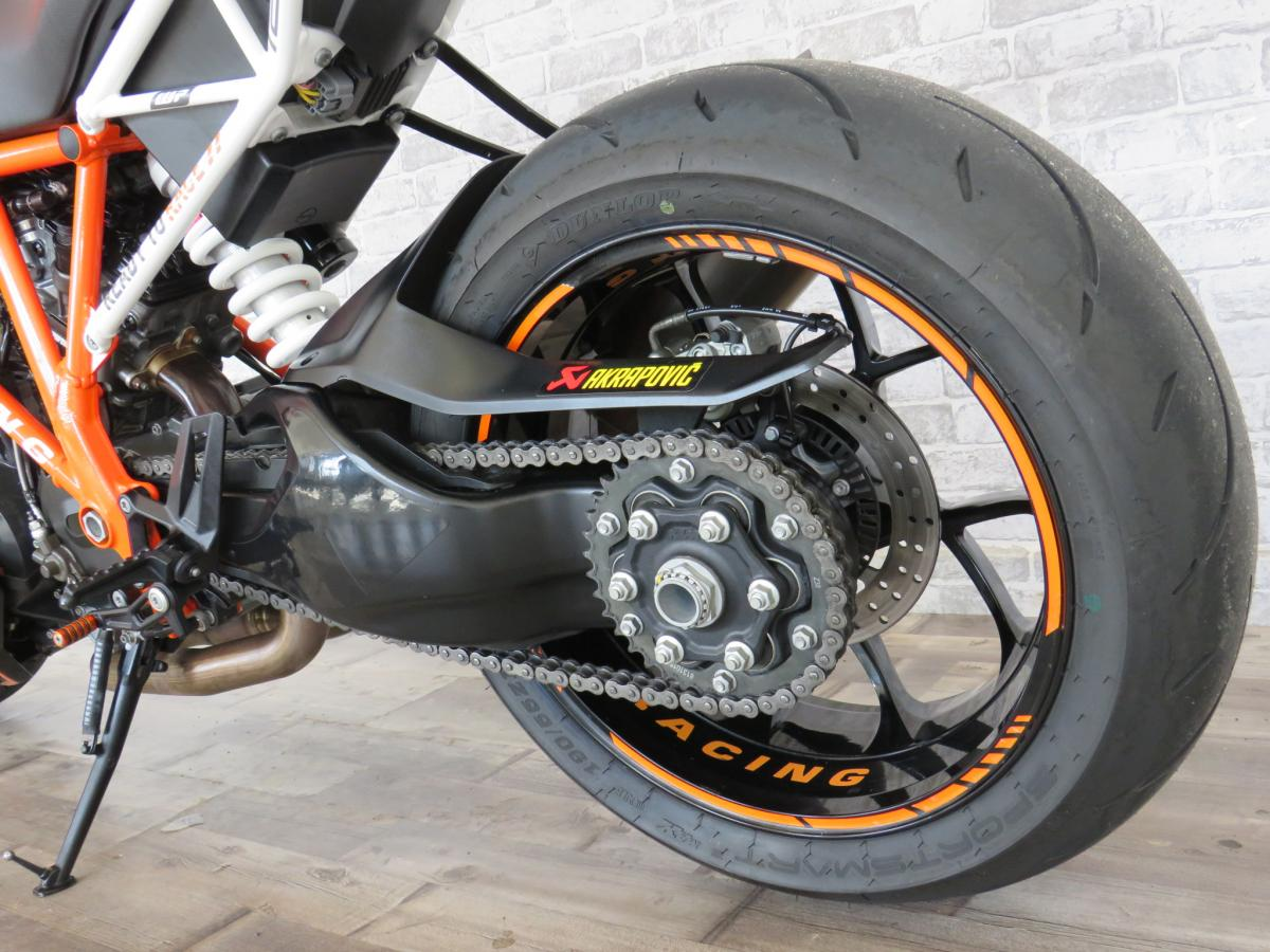 KTM 1290 SUPERDUKE R 16 2016