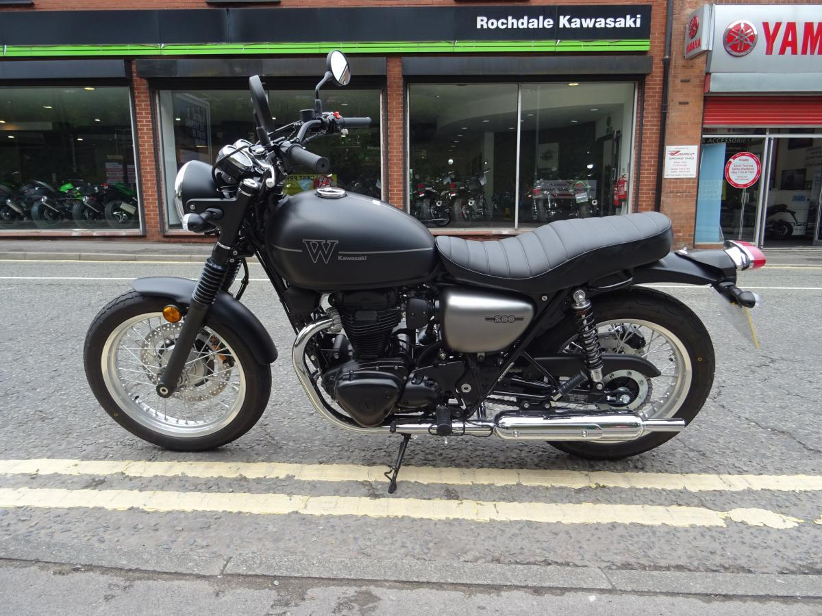 Buy Online Kawasaki EJ800BKF DEMO