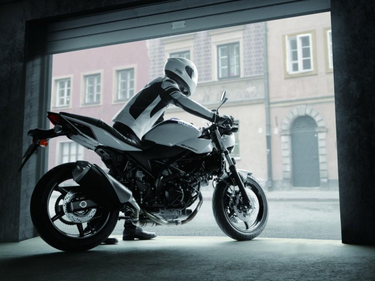 Suzuki SV650X 2020