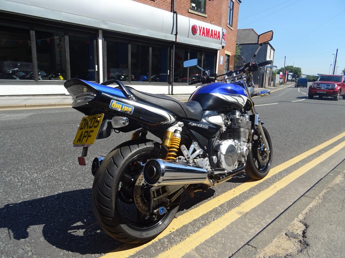 Yamaha XJR1300 2005