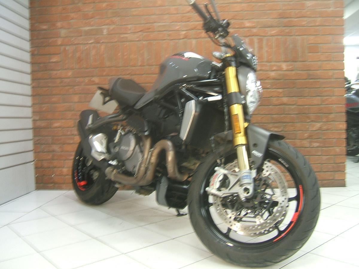 Buy Online DUCATI M1200 S