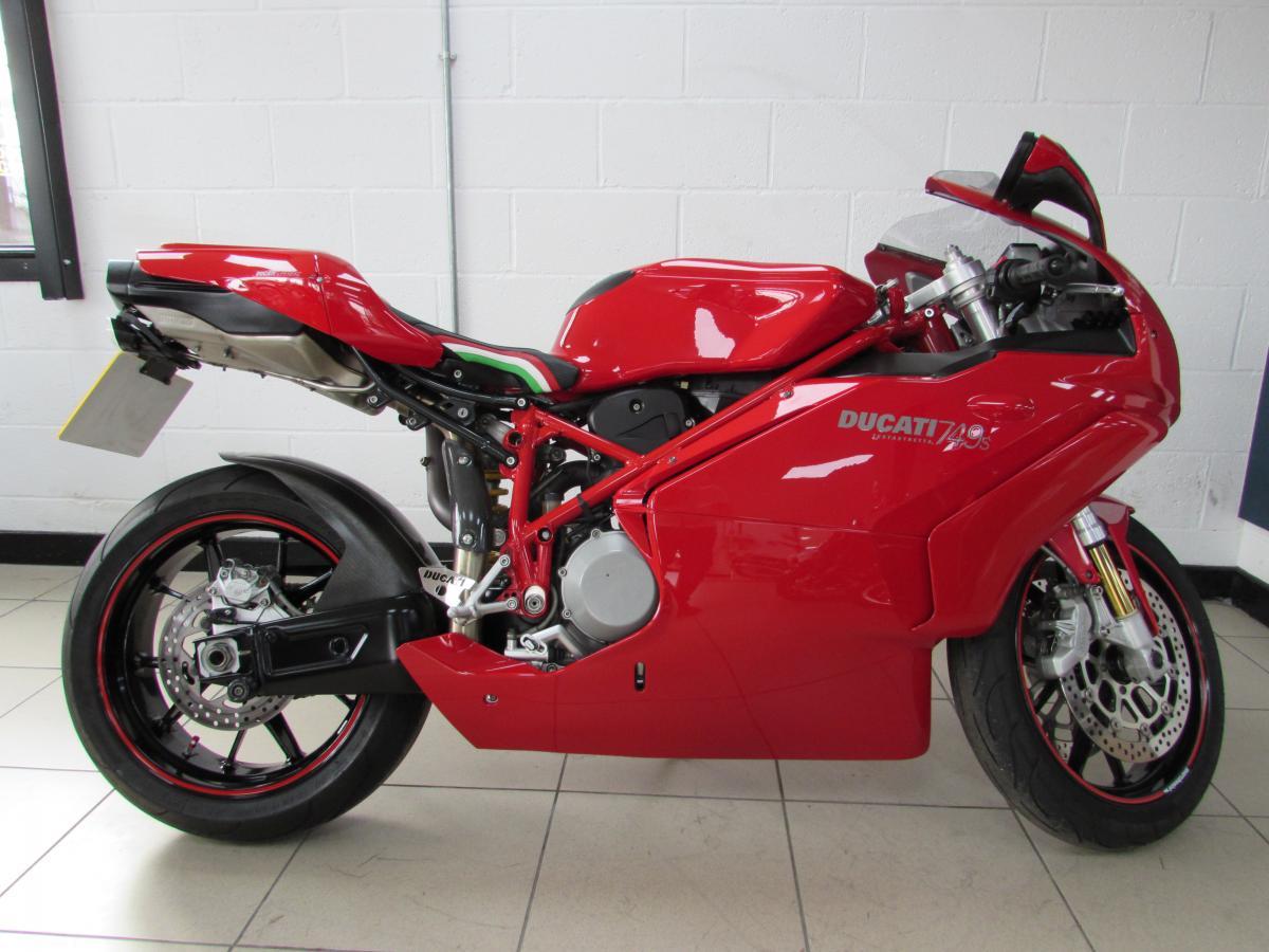 Buy Online Ducati 749 S