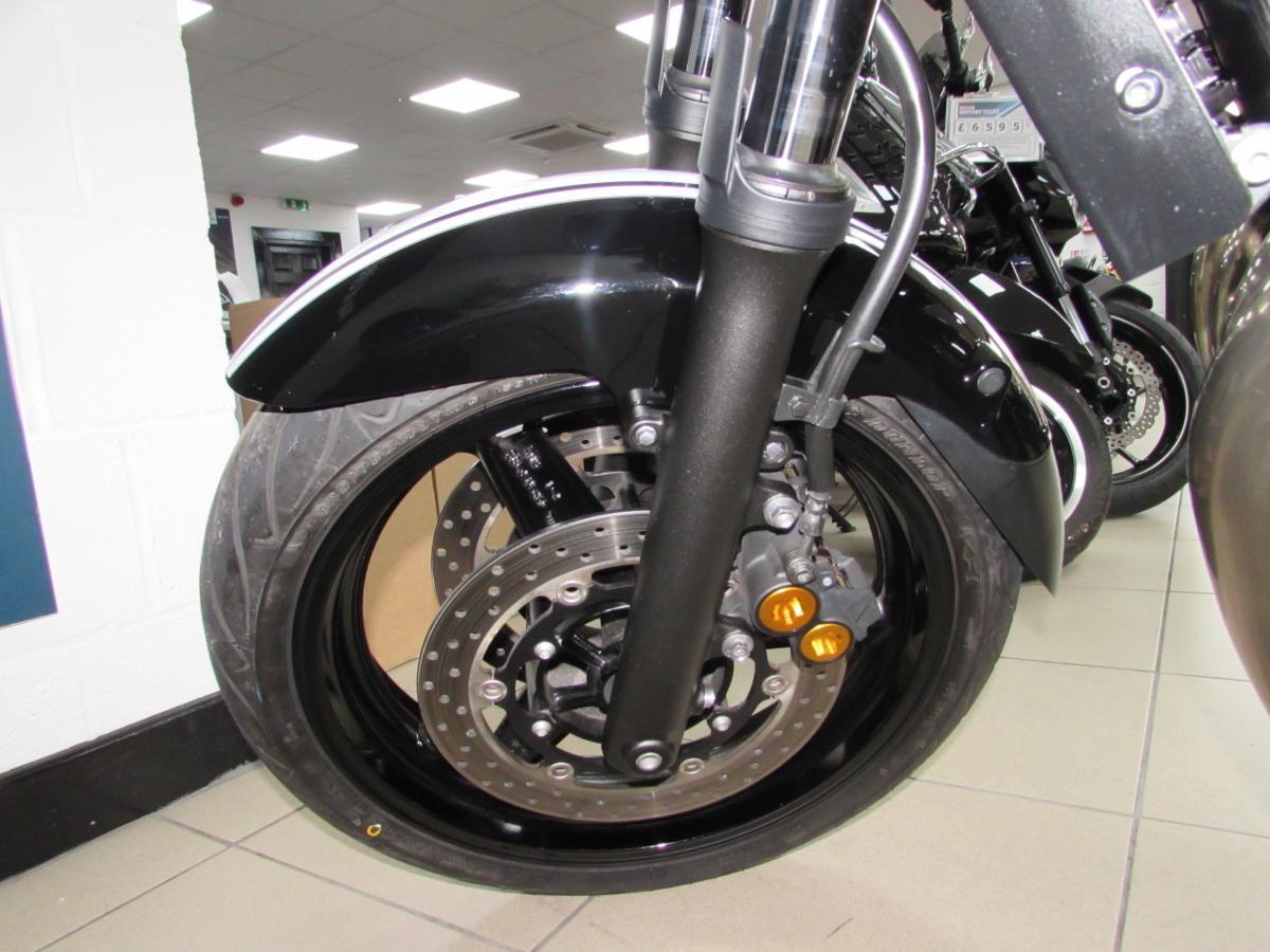 Yamaha XJR1300 2013