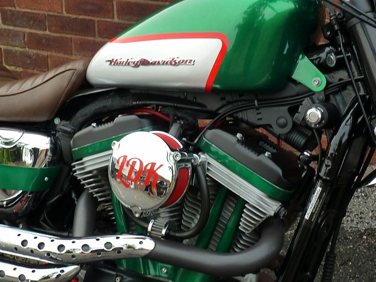 HARLEY DAVIDSON Sportster XL 883 2008