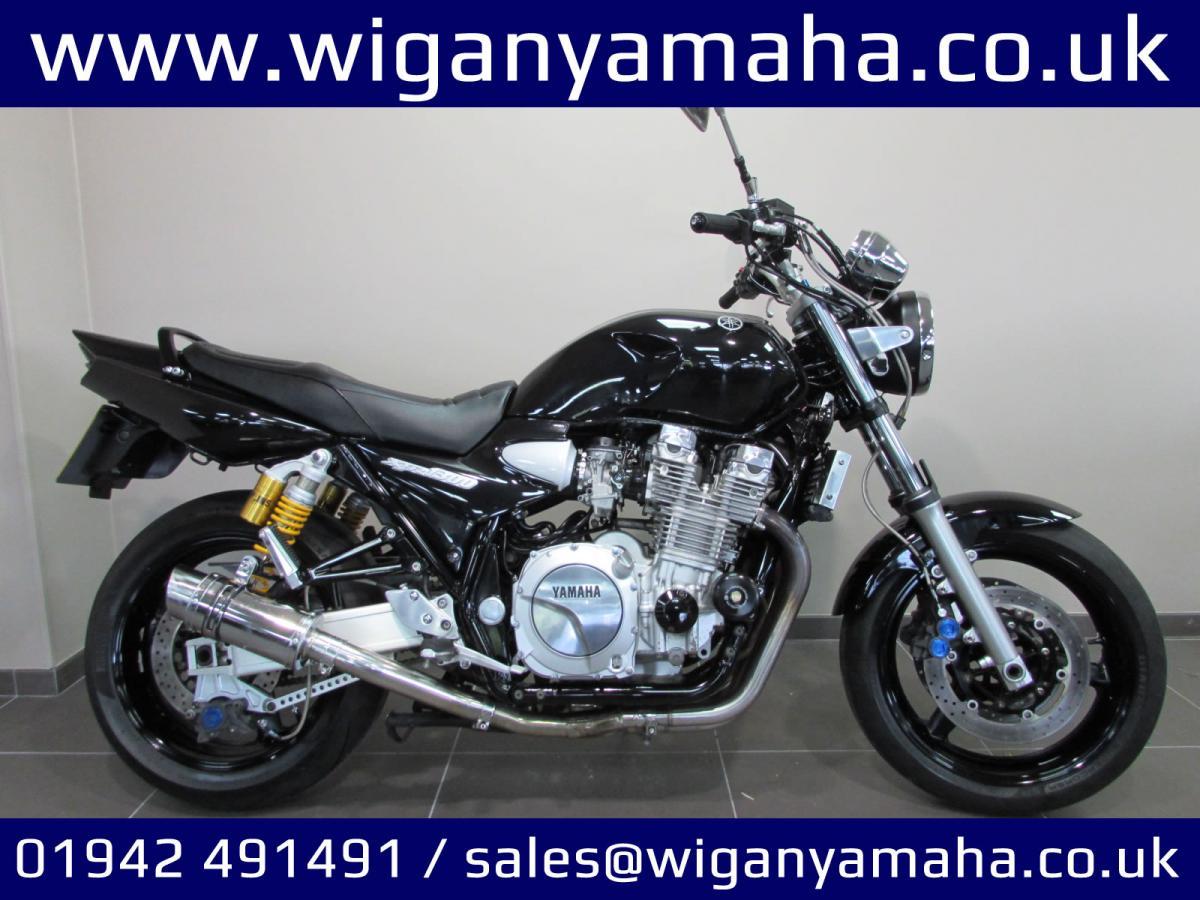 Buy Online Yamaha XJR1300