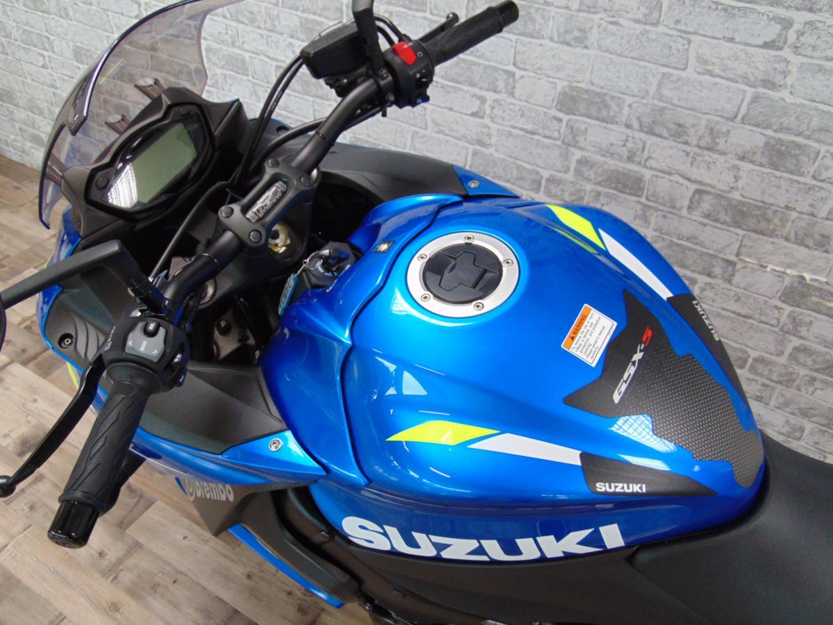 SUZUKI GSX-S1000FYAL9 2019