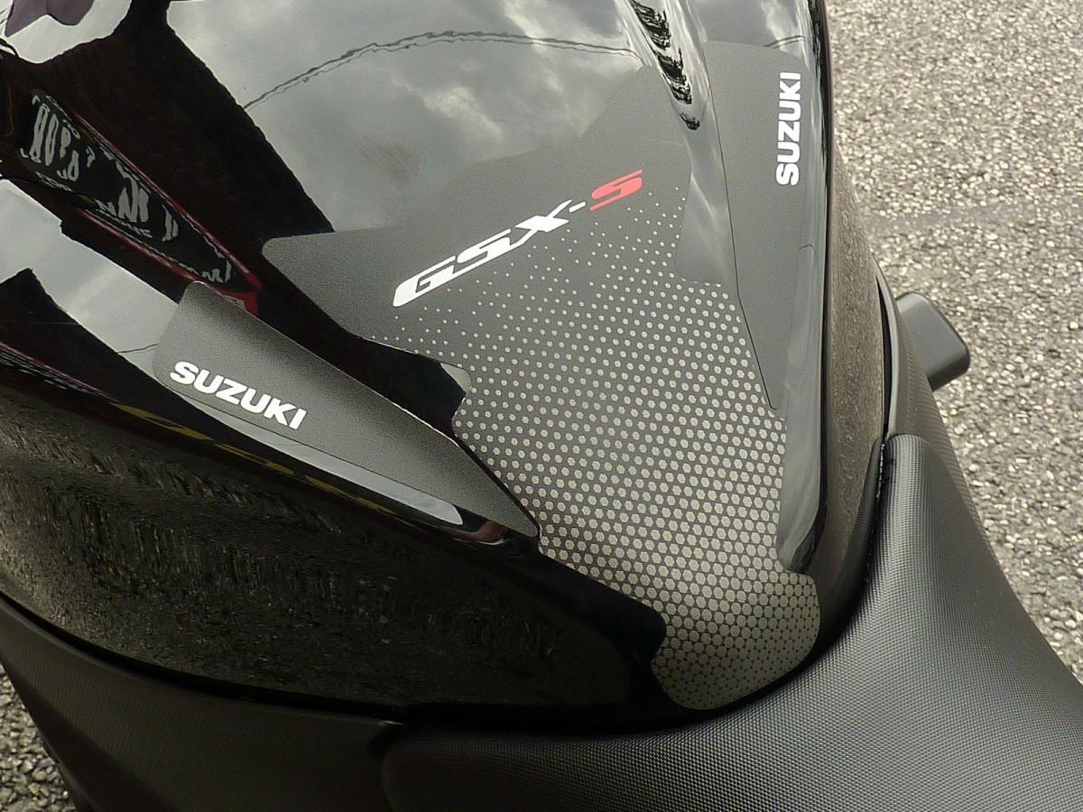 SUZUKI GSX-S1000 AL8 2018