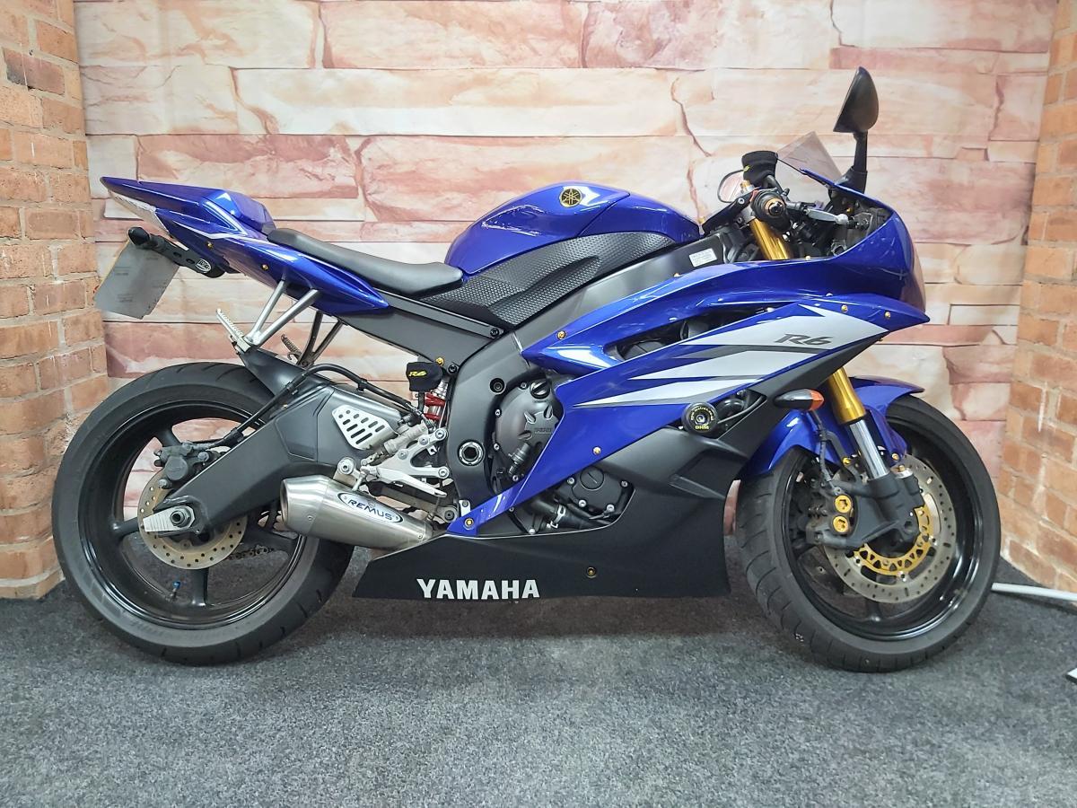 Buy Online YAMAHA YZF R6