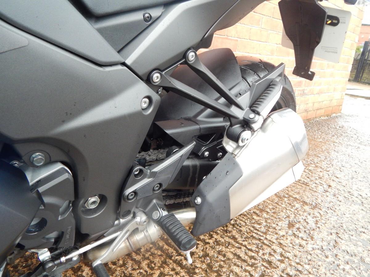 Kawasaki ZX1000MGF 2016