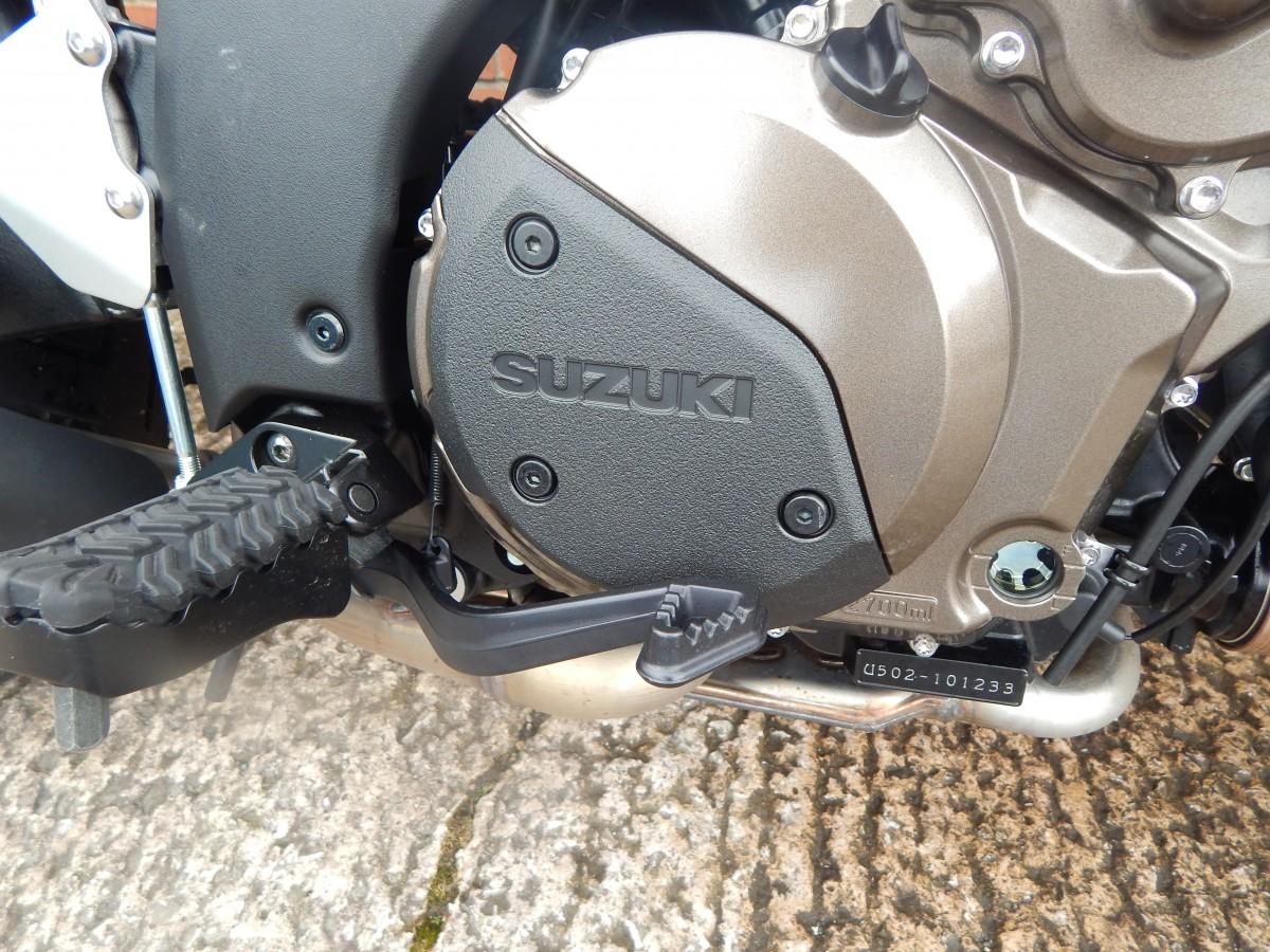 Suzuki DL1050RQM0 DEMO 2020