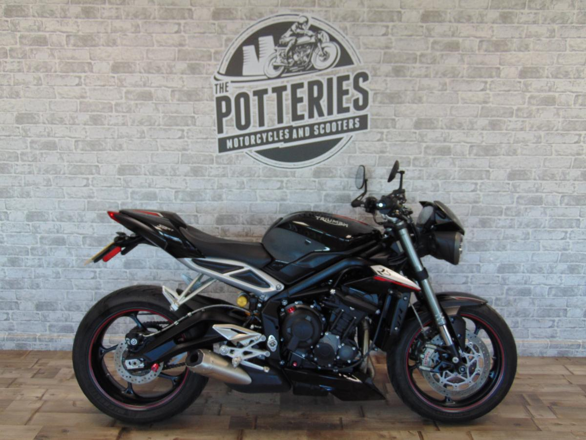 Buy Online TRIUMPH STREET TRIPLE RS