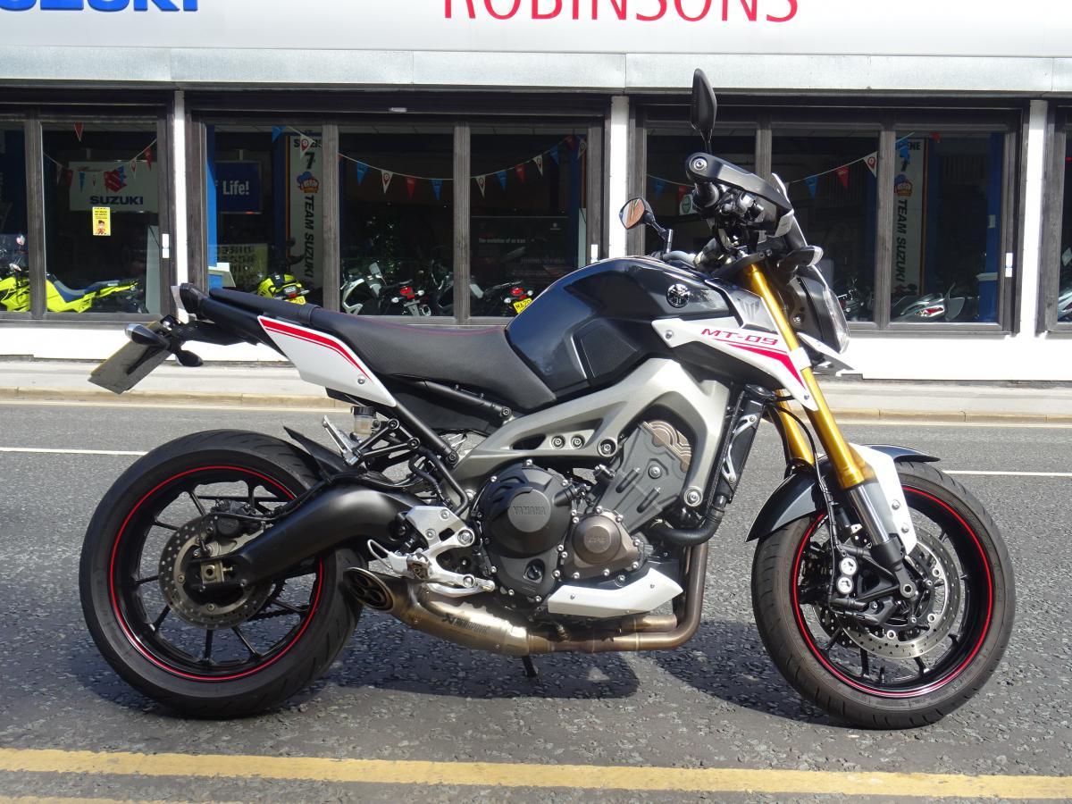 Buy Online Yamaha MT-09 Street Rally