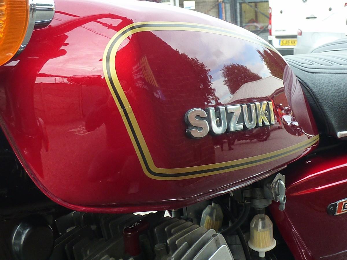 SUZUKI GT500 1978