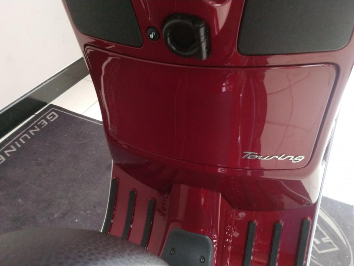 PIAGGIO VESPA GTS300 2019