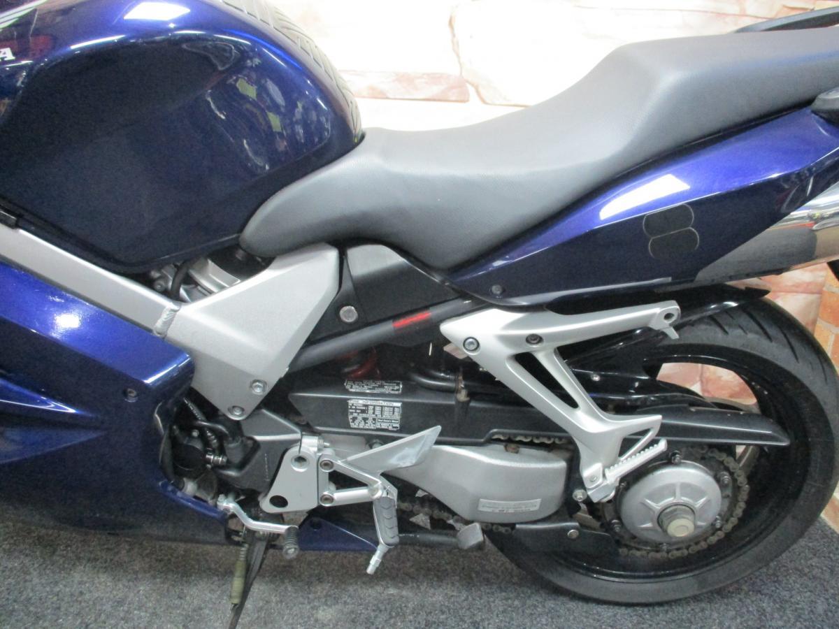 HONDA VFR 800 V-TEC 2001