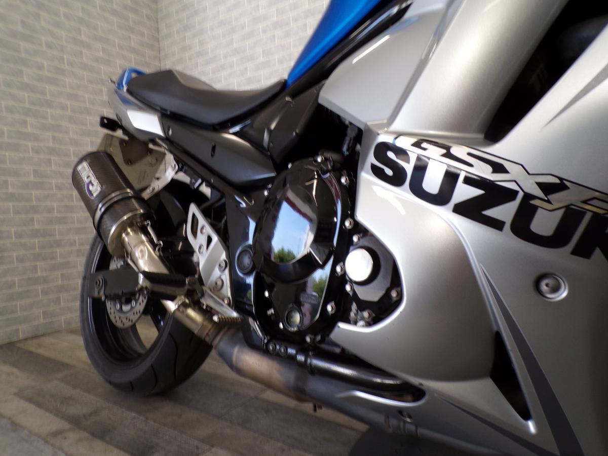 SUZUKI GSX650FL0 2010