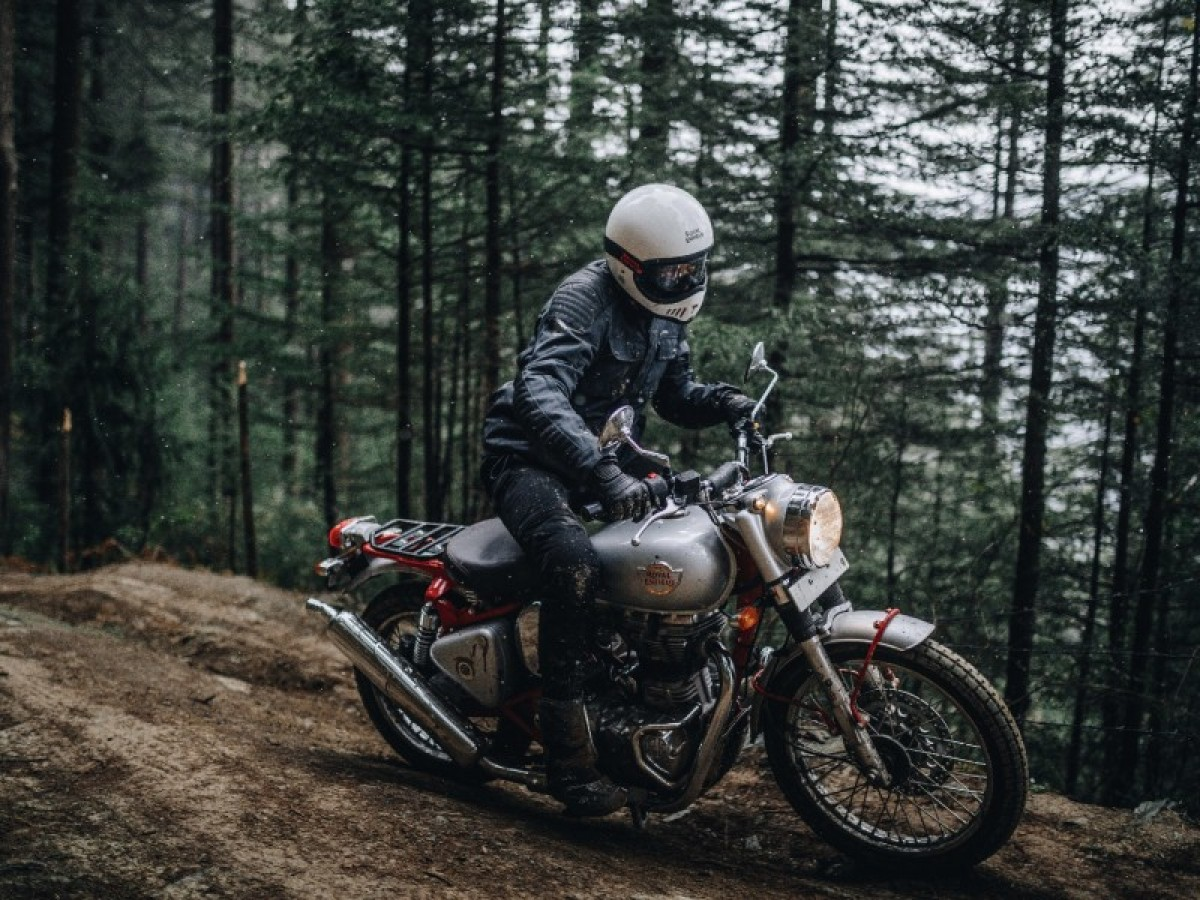Royal Enfield Classic 500 Trials 2020