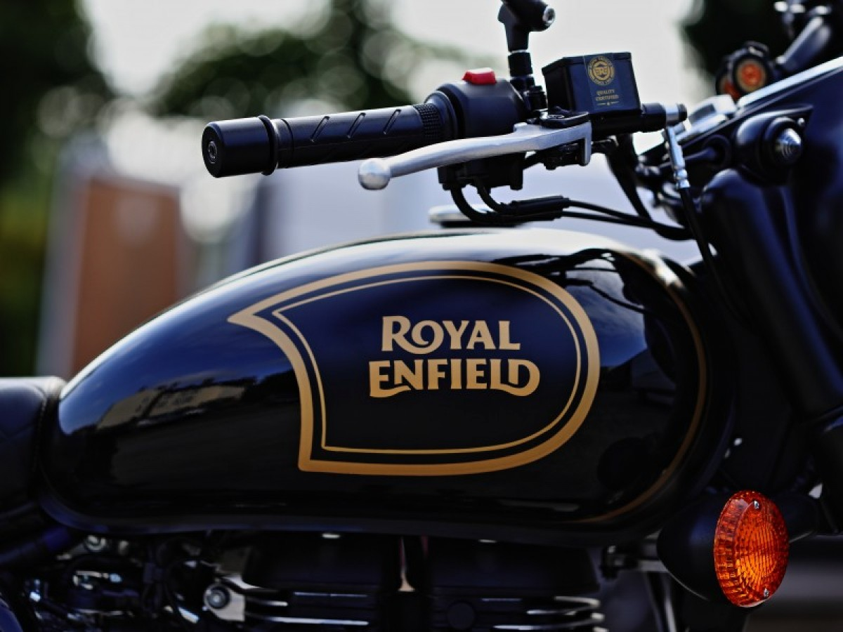 Royal Enfield Classic 500 Tribute Black 2020