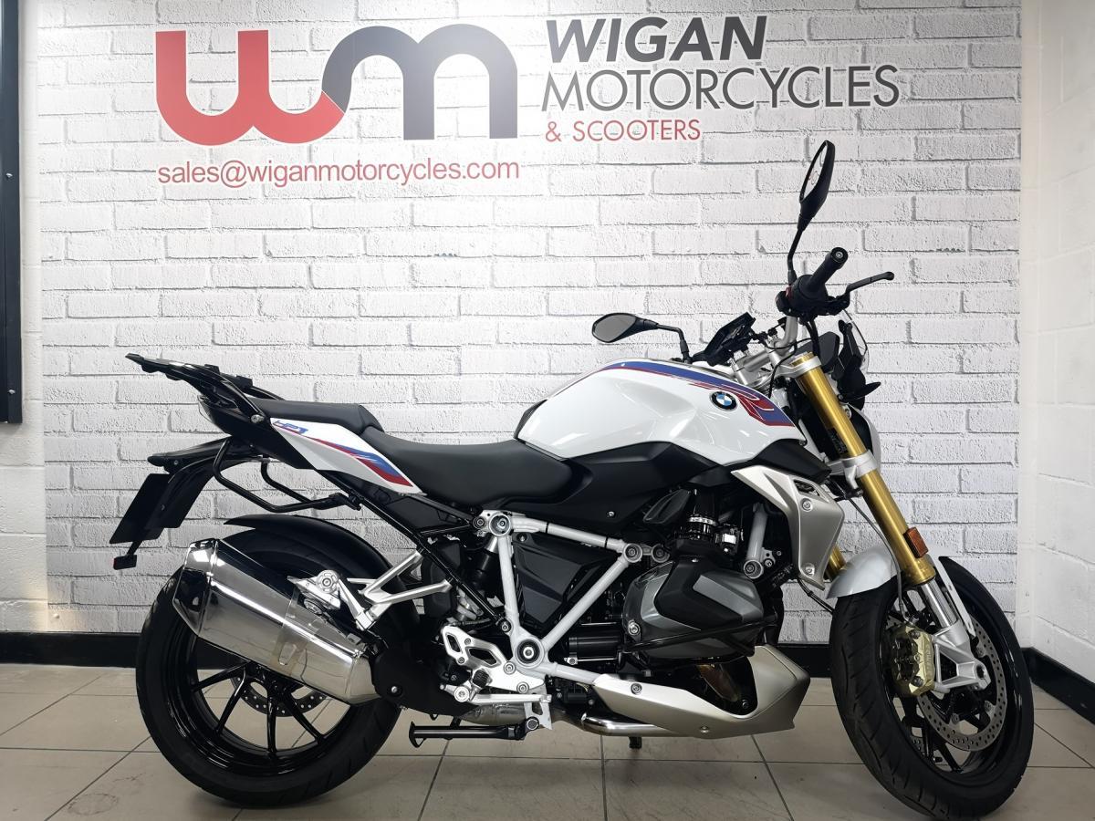 Buy Online BMW R 1250 R SPORT