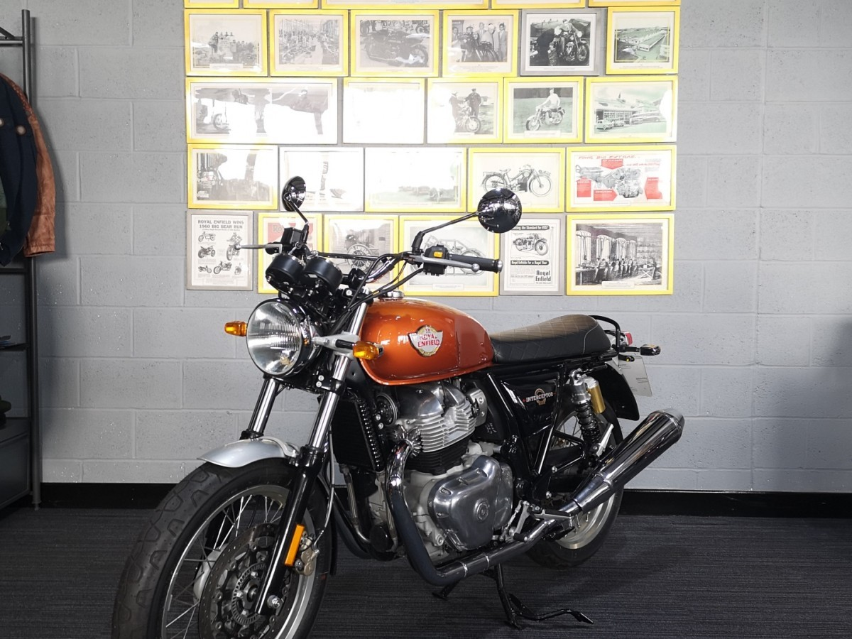 Royal Enfield Interceptor INT 650 Twin (Solid Colour) 2021