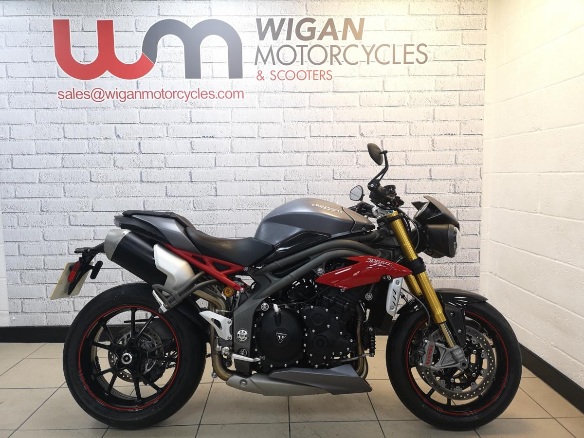 Buy Online Triumph TRIUMPH SPEED TRIPLE R