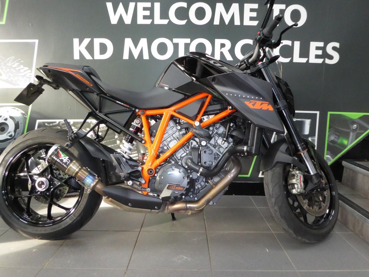 Buy Online KTM 1290 SUPER DUKE R