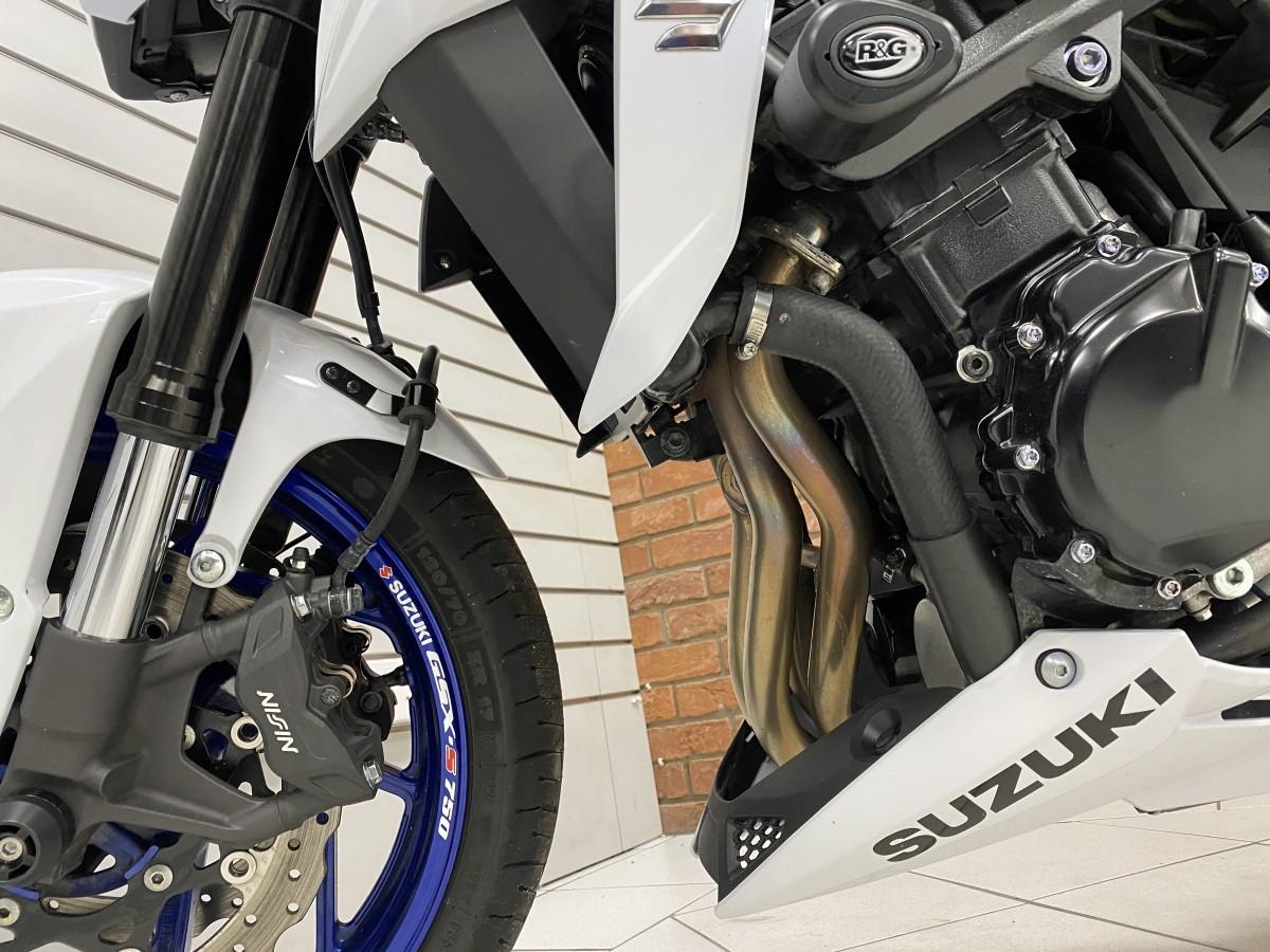 SUZUKI GSXS 750 Y AL9 2019