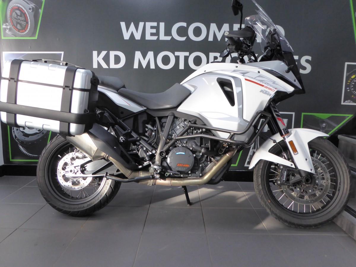 Buy Online KTM SUPER ADVENTURE T 17