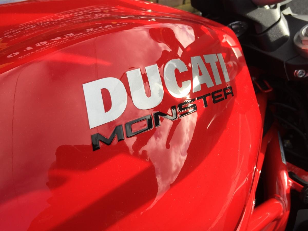 DUCATI Monster M1200 2017