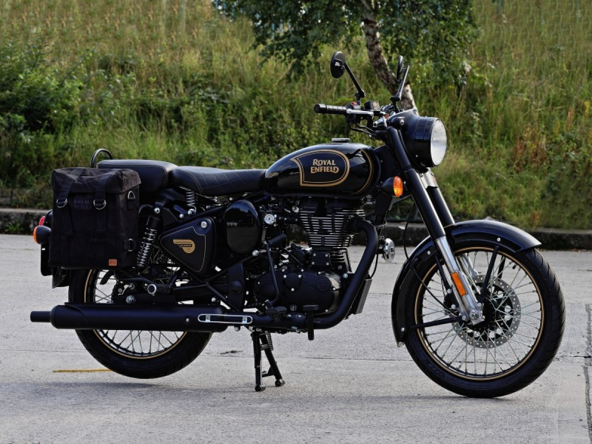 For Sale Royal Enfield Classic 500 Tribute Black 5499 00 The Potteries Motorcycles And Scooters