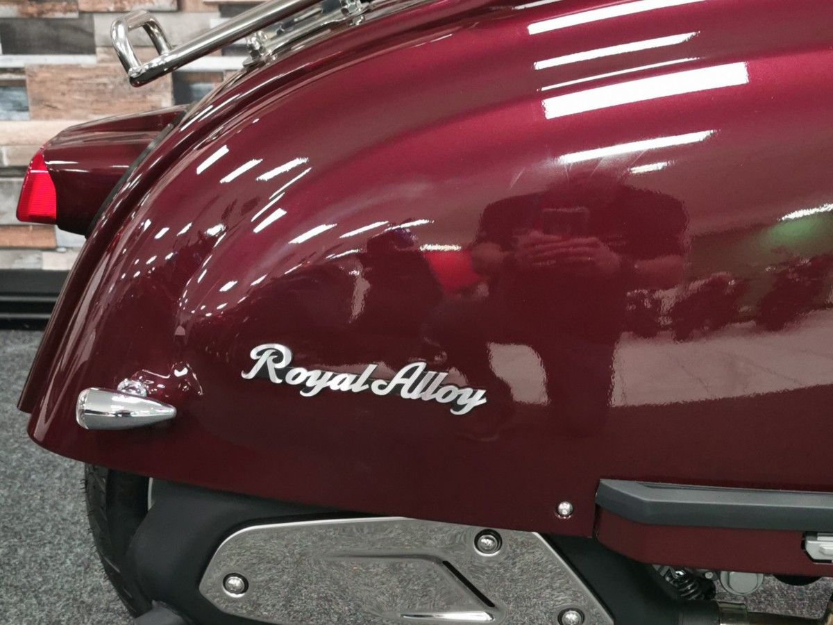 Royal Alloy TG 300cc S LC ABS 2021