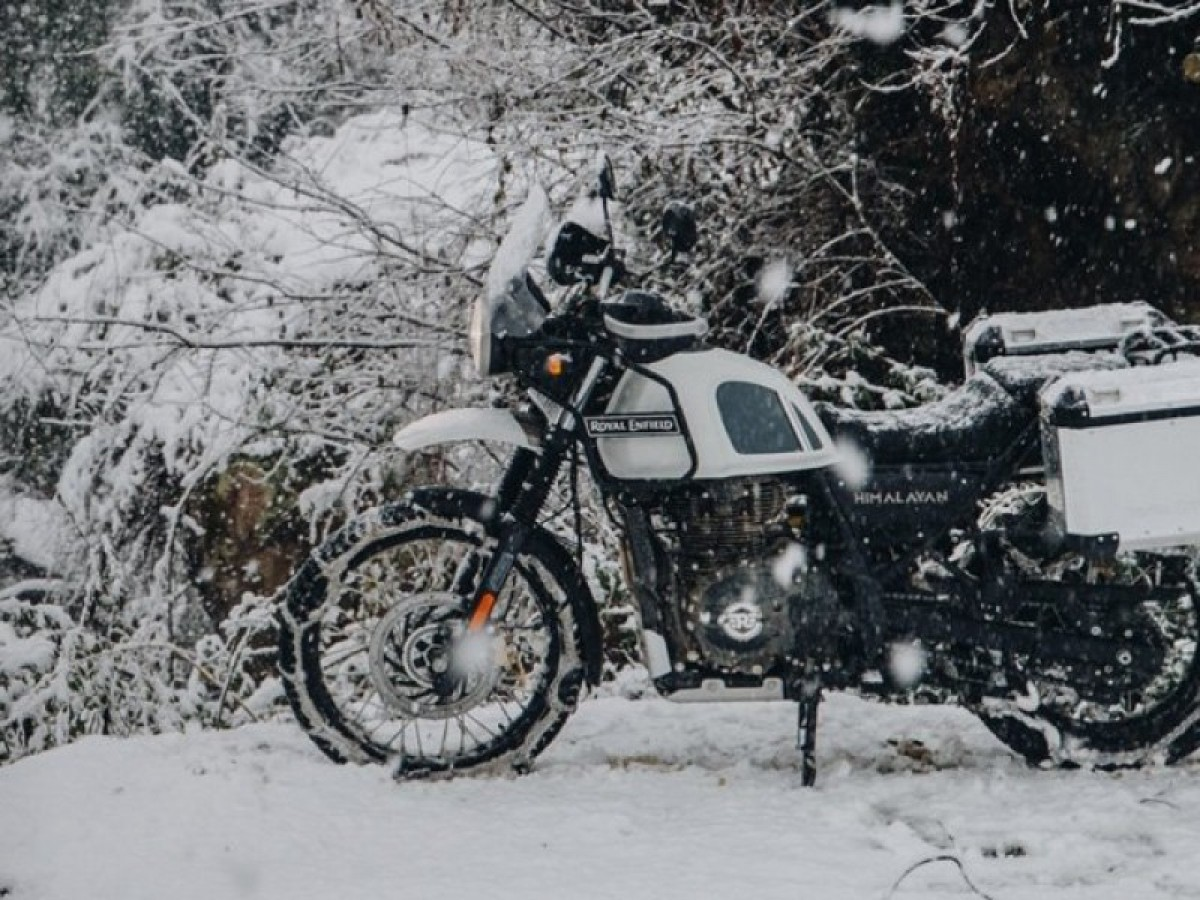 Royal Enfield Himalayan Adventure 2021