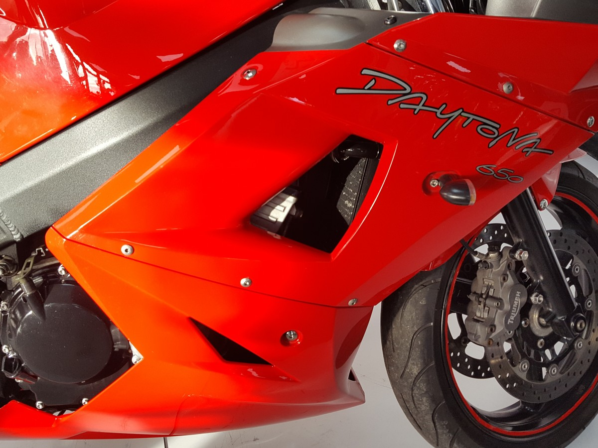 Triumph DAYTONA 650 2005