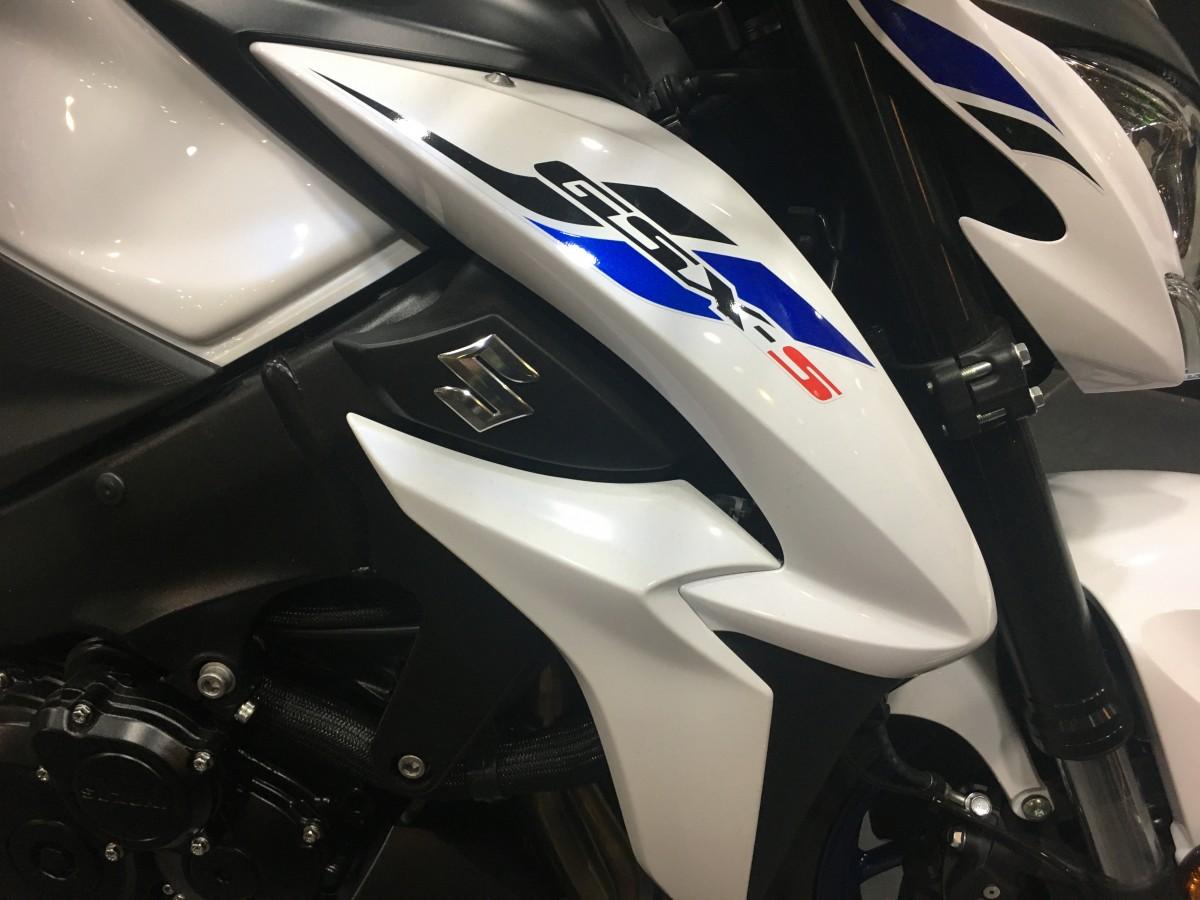 2019 Suzuki GSXS1000YAL9