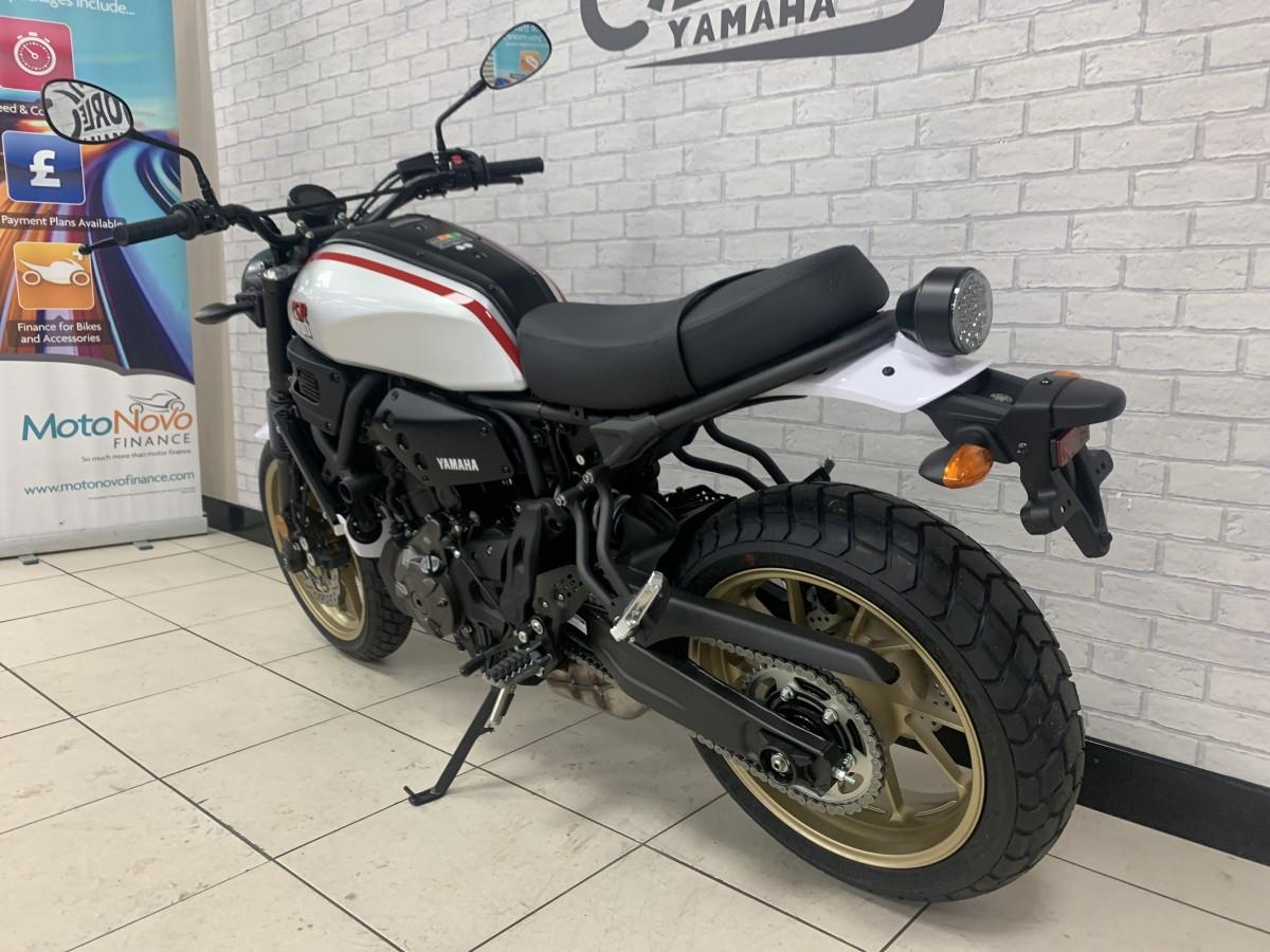YAMAHA XSR700 X TRIBUTE 2020
