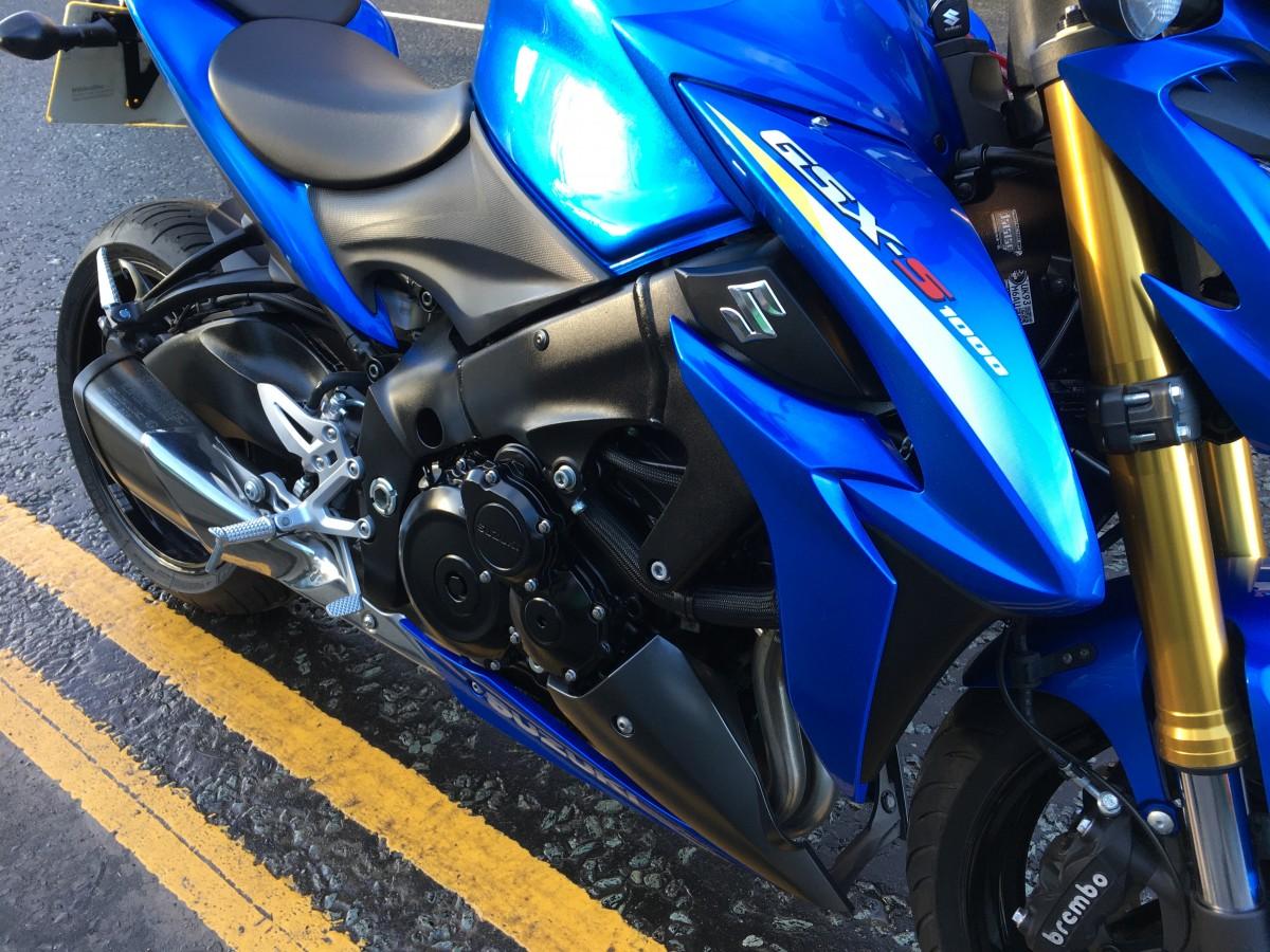 Suzuki GSXS1000S 2016