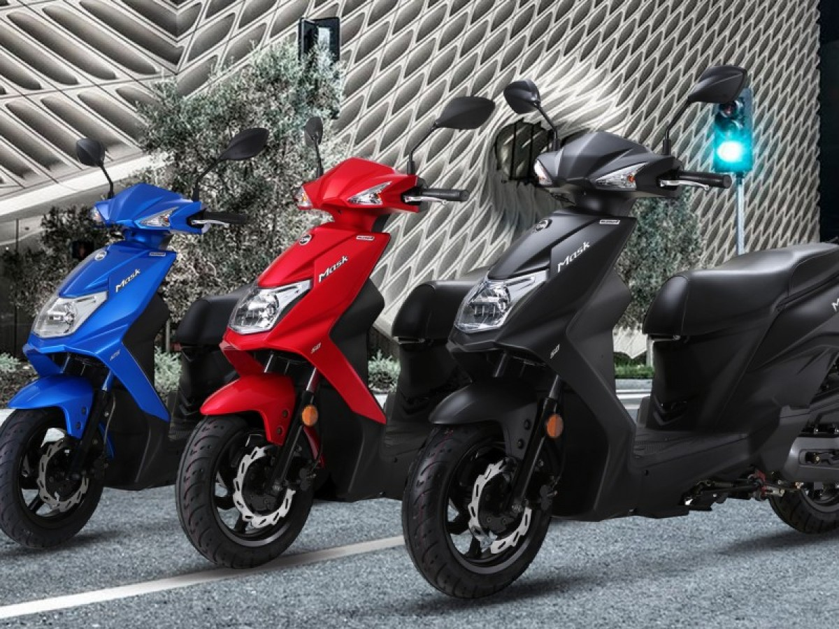 Sym Mask 50cc E4  FREE CBT OFFER OR SECURITY CHAIN WORTH £100 2021